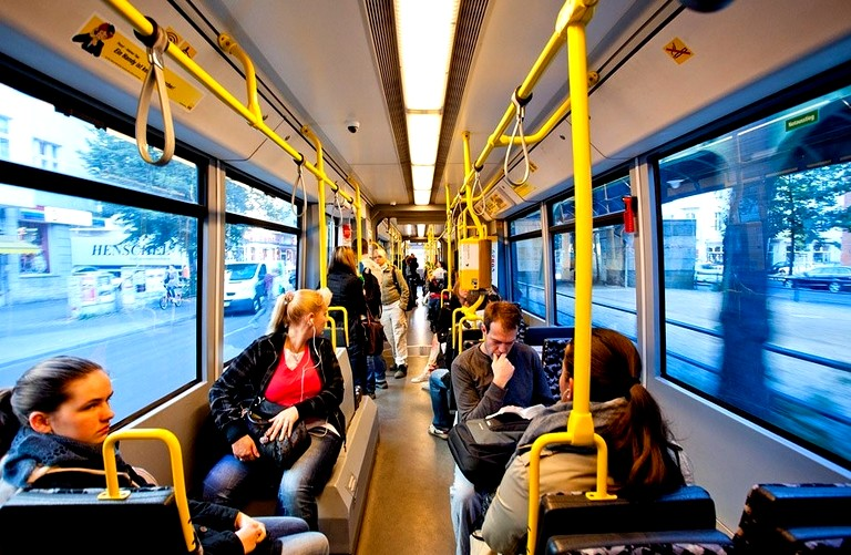 Поездки в общественном транспорте