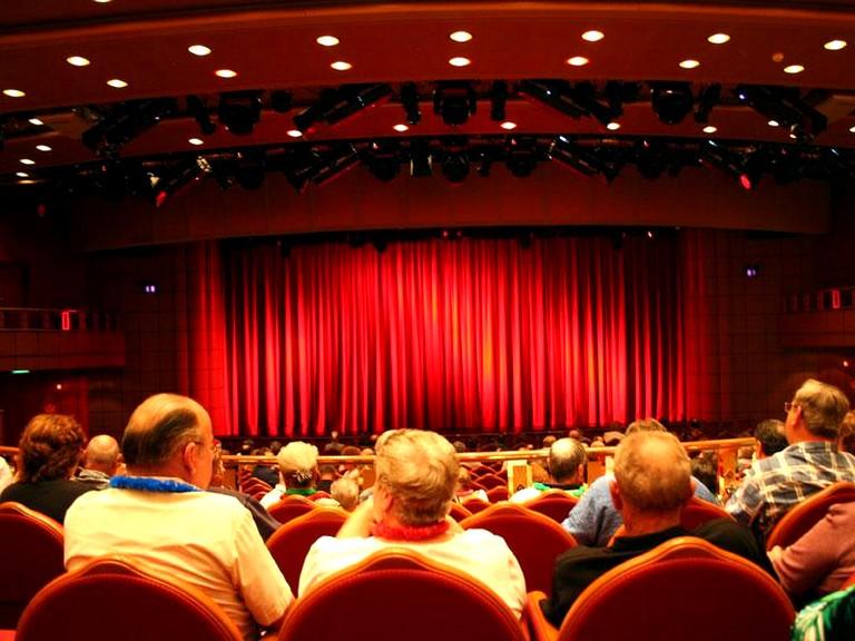 Походы в театр, кино, на выставки