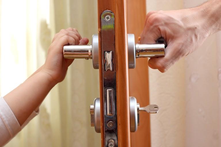 otkrytie-dveri